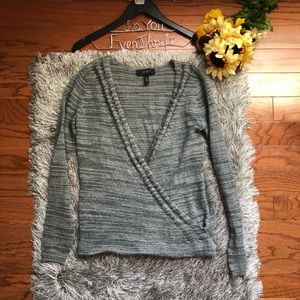 Jessica Simpson Small Gray Wrap Top